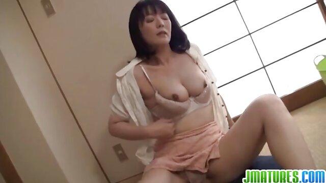Reitgöttin trainierte einen oma sex filme gratis Sklaven